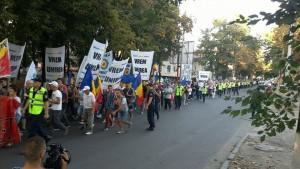 mars-uniti-salvam-republica-moldova2-e1442678336965